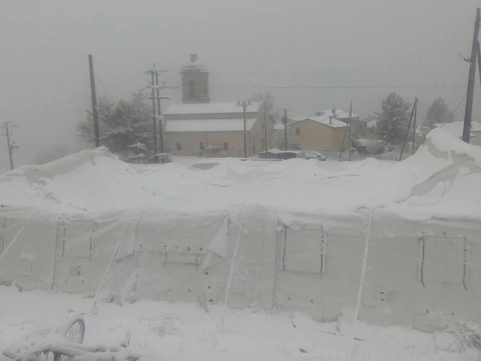 tende norcia sotto la neve